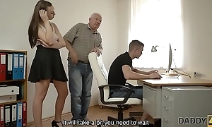 DADDY4K. Red-haired gal couldn'_t resist thither charms for handsome old man