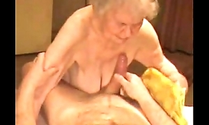 Facial on a unmitigatedly old granny. amateur mature
