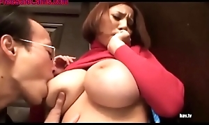 Weirdo follows busty unladylike home with the addition of get fucked