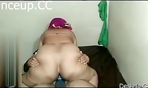 indian aunty suck her husbands cock part 2