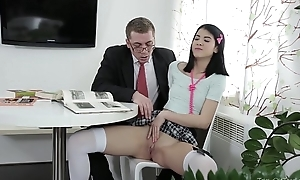 Mischievous old tutor - jody non-natural with her love tunnel