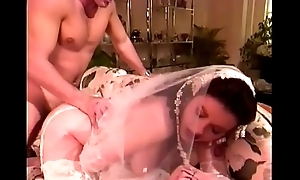 Polar sposa rotta close give culo (full movies)