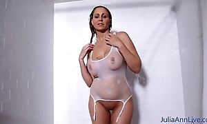 Sexy milf julia ann lathers say no to big reverence muffins around sho...