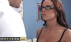 Doctors Risk - (Rahyndee James, Johnny Sins) - Unartificial Quorum - Brazzers